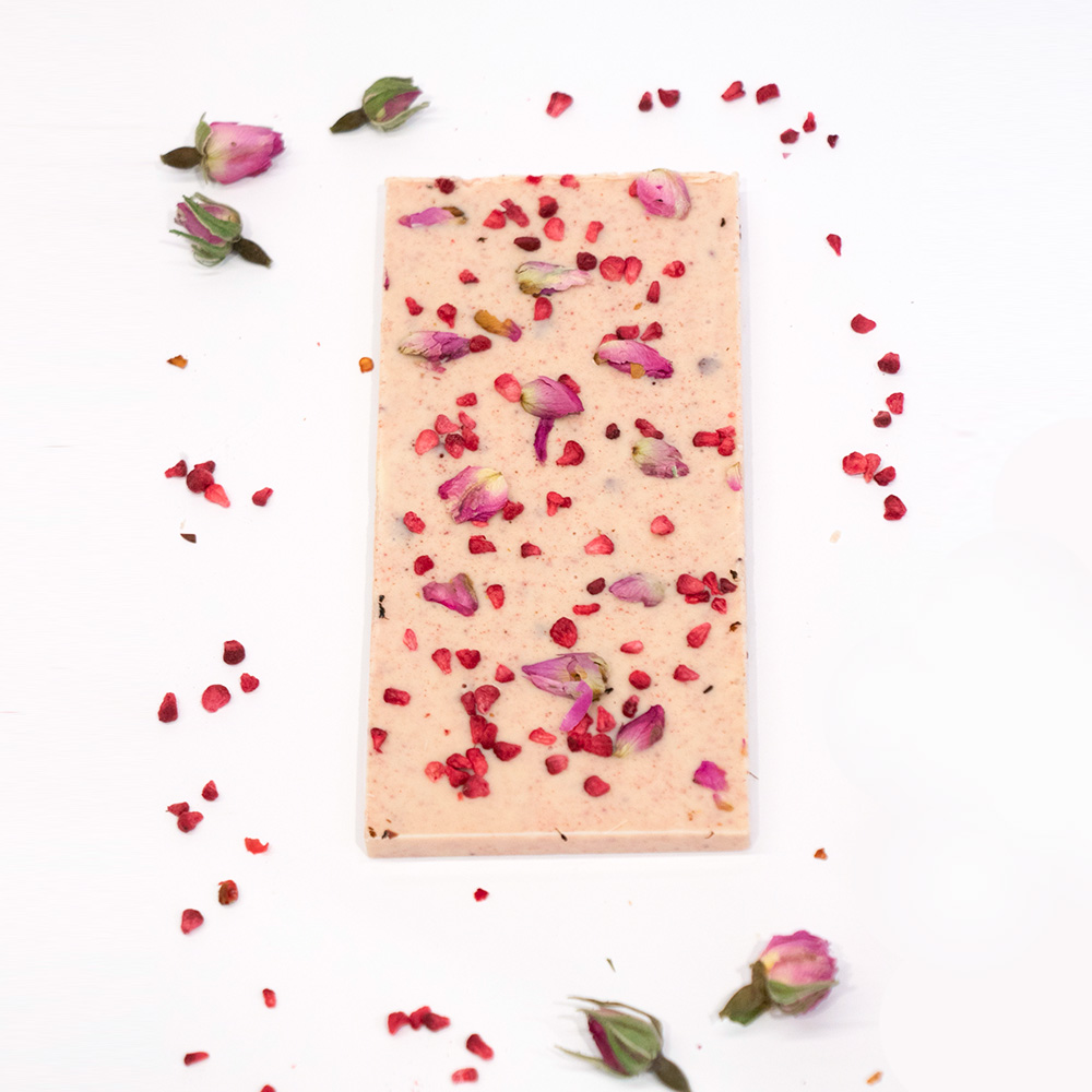White chocolate with raspberry & rose buds 4