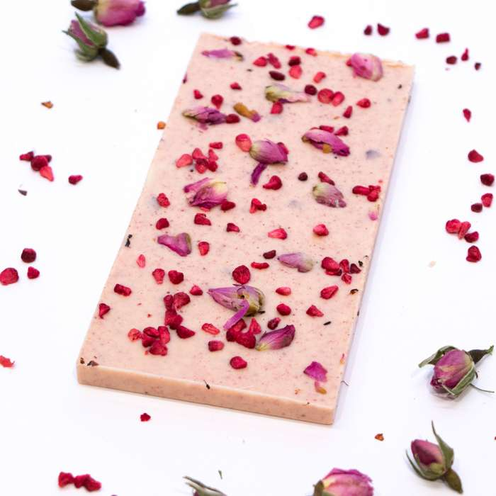 White chocolate with raspberry & rose buds 3